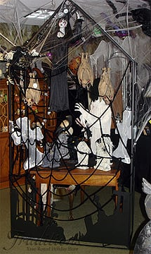 ghouls imprisoned in our spooky room - Extreme Halloween Decorations